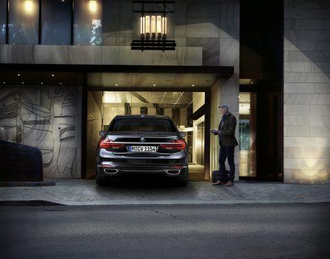 BMW, automatisch parkeren, autonoom