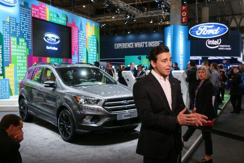 Ford2016_MWC_AttheStand_MarkFields_48