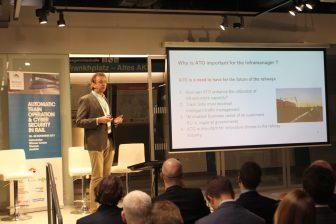 Alfons Schaafsma van ProRail tijdens de Intelligent Rail Summit in Wenen
