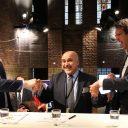 De ondertekening van het ATO-contract in het hoofdkantoor van ProRail