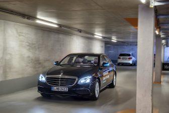 Bosch en Daimler demonstreren bestuurderloos parkeren in de praktijk
